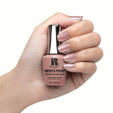 Red Carpet Manicure Fortify & Protect Gel Polish Stunt Woman 9ml