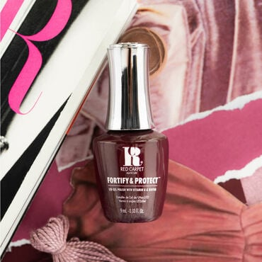 Red Carpet Manicure Fortify & Protect Gel Polish The Fashion Issue Collection - This Look Slays 9ml