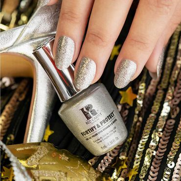 Red Carpet Manicure Fortify & Protect Gel Polish Love To Be Luxe 9ml