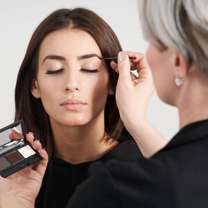 baafa183378 Salon System Marvelash Eyelash Extensions Course | Beauty Training ...